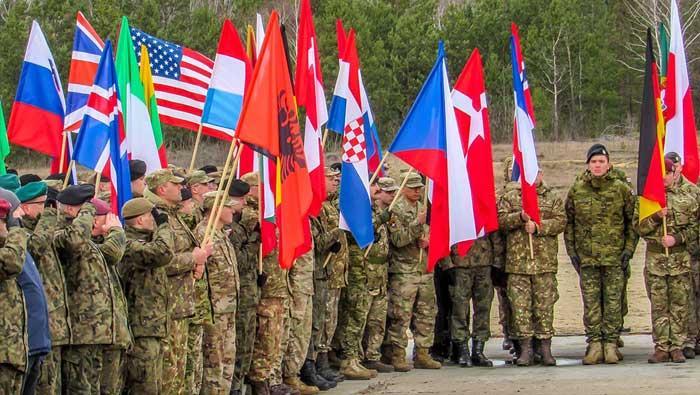 Varšava: svečano postrojavanje pripadnika 3. HRVCON-a | Domoljubni portal CM | Press
