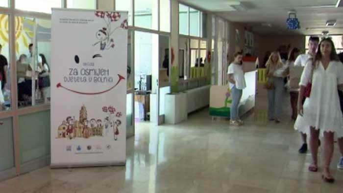 Splitski maturanti višak novca od maturalne večere donirali Zavodu za dječju hematoonkologiju | Domoljubni portal CM | Press