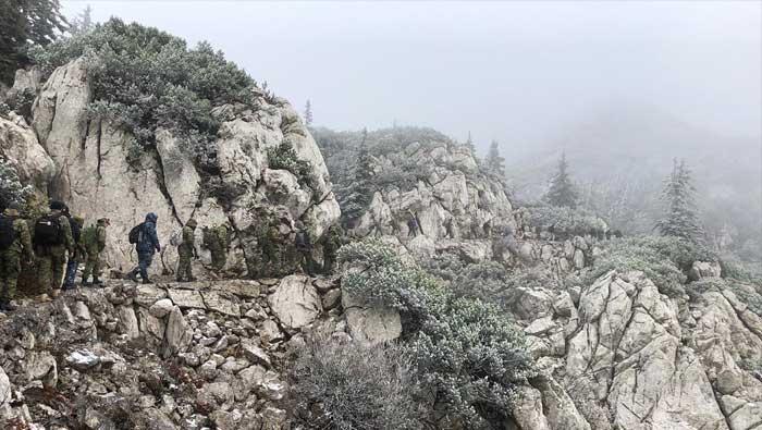 Hodnja ključnog osoblja MORH-a i Hrvatske vojske na Velebit | Domoljubni portal CM | Press