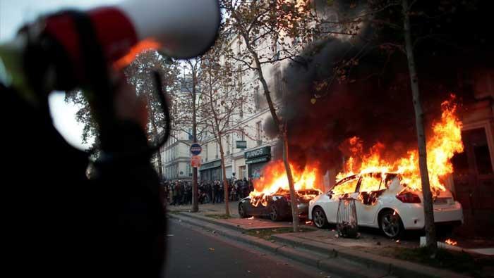 Sukobi u središtu Pariza protiv novog prijedloga zakona
