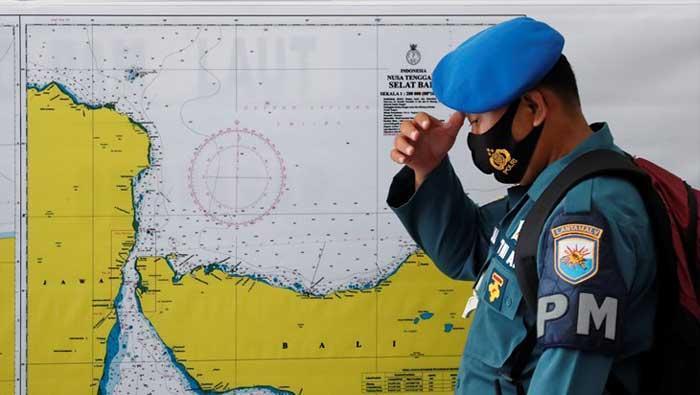 Nastavlja se potraga za nestalom podmornicom, vrijeme istječe