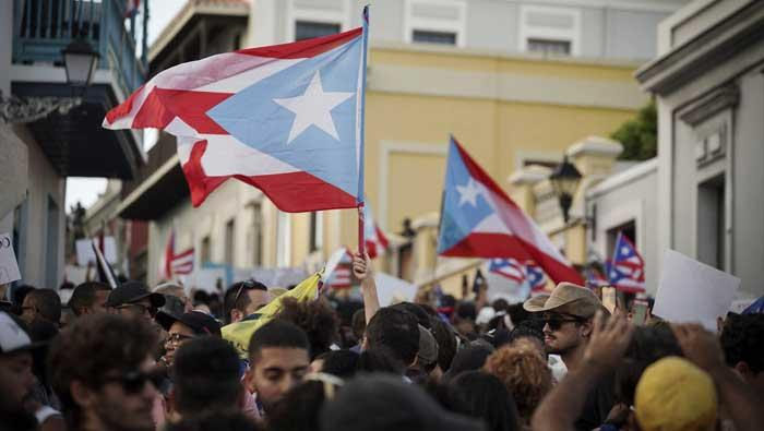 Stotine tisuća prosvjednika traže ostavku guvernera Portorika