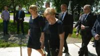 Predsjednica RH u Brodu položila vijenac u spomen djeci poginuloj u Domovinskom ratu