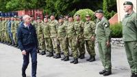 Ministar Krstičević u kampu hrvatskih hodočasnika u Lourdesu