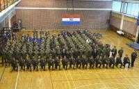 Ministar Krstičević s pripadnicima Počasno-zaštitne bojne