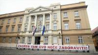 Zagrebačka oporba prosvjeduje zbog Zakona o potresu